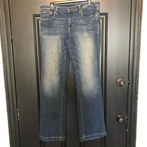 GAP Women's Long and Lean 10/30L Distressed Jeans